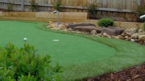 Doncaster Golf Green retaining wall dry creek bed